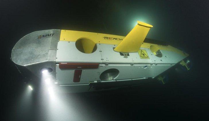 rovshipwreck1_30131400
