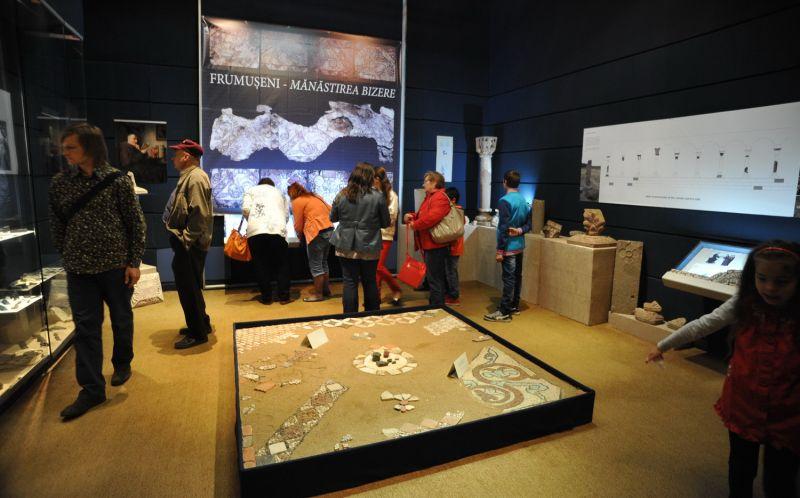 expozitia-bizere-artamptechnology_palatul-cultural
