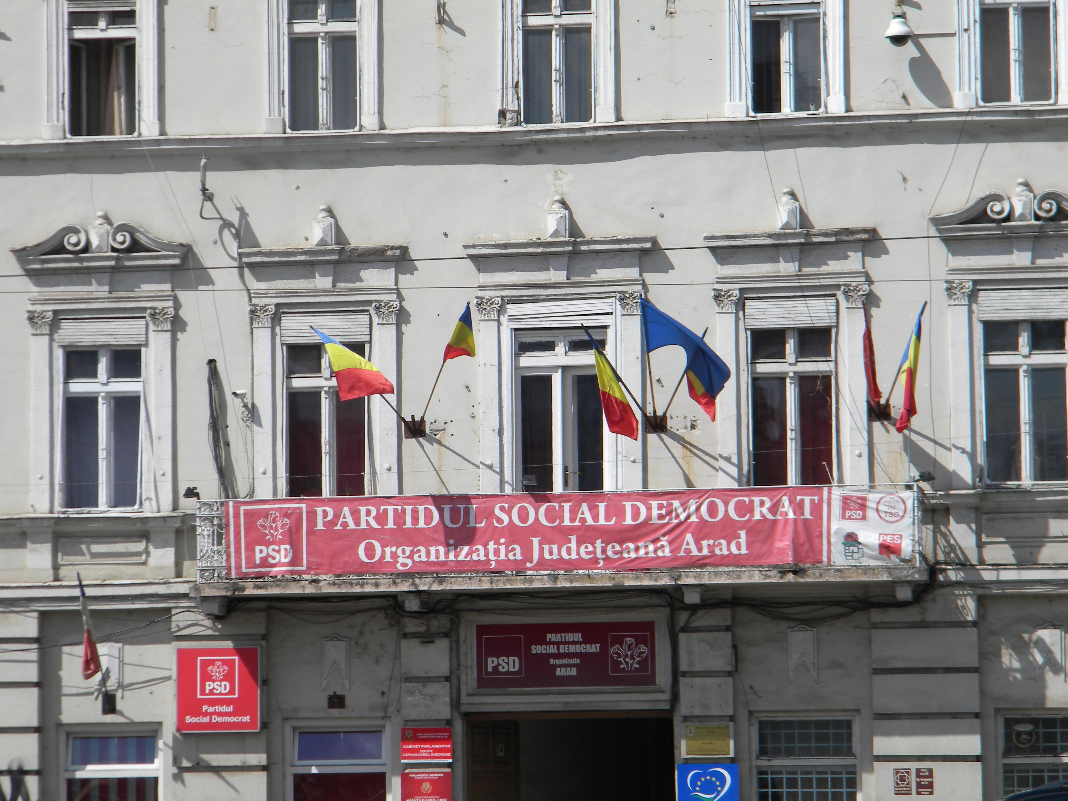 """PSD Arad, ATAC DUR la adresa liberalilor: """"Cea mai coruptă filială PNL din țară vrea să jefuiască în continuare Aradul"""""""