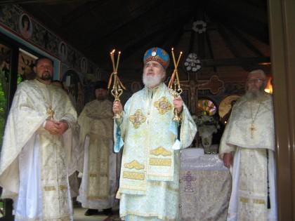 Hram la mănăstirea Sfântul Gheorghe Feredeu (GALERIE FOTO)