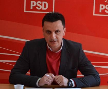 """Florin Tripa: """"Gheorghe Falcă şi PDL încearcă, prin Adrian Ţolea, să controleze politic votul din Consiliul Judeţean"""""""