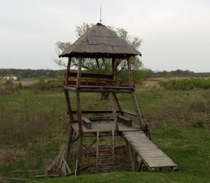Observatorul de lângă Mănăstirea Bezdin a fost vandalizat. Se oferă recompensă pentru găsirea autorilor!