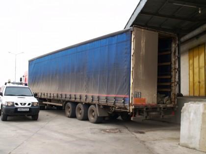Un şofer turc care conducea un autocamion furat din Rusia, depistat la Nădlac