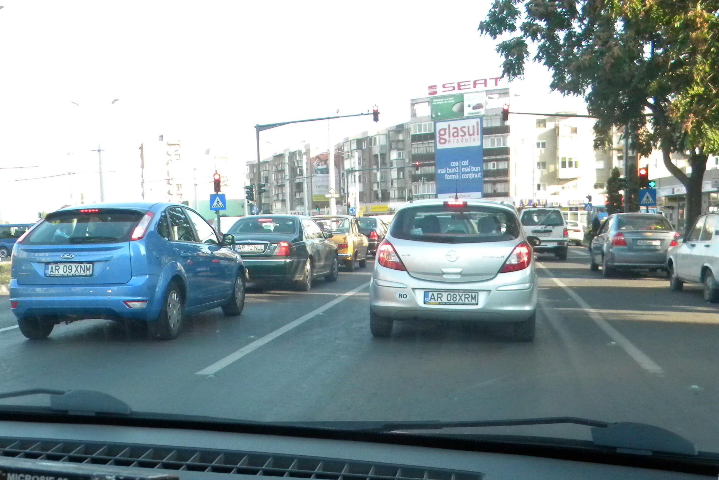 """Cine e """"Tanti Rodi"""", spaima șoferilor din Arad!? (UPDATE)"""