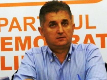 Deputatul Eusebiu Pistru a pus umărul la respingerea proiectului de desfiinţare a judecătoriilor