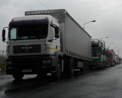 Valori de trafic crescute la graniţa cu Ungaria