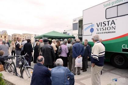 Consultaţii oftalmologice gratuite în Arad, în clinica mobilă Vista Vision