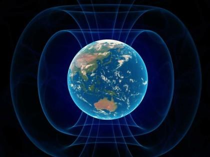 Câmpul magnetic al Terrei din ce în ce MAI SLAB. Efectele asupra planetei pot fi DEVASTATOARE!