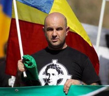 """Noua Dreaptă îl """"felicită"""" pe Gheorghe Falcă la 10 ani de mandat"""