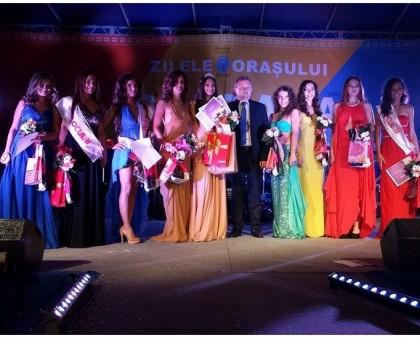 Ce fete frumoase are Sântana! GALERIE FOTO de la Miss Sântana 2014