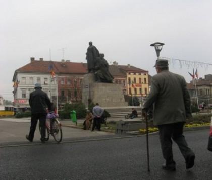 Furt de 2100 de lei din buzunarul fiecărui pensionar din România