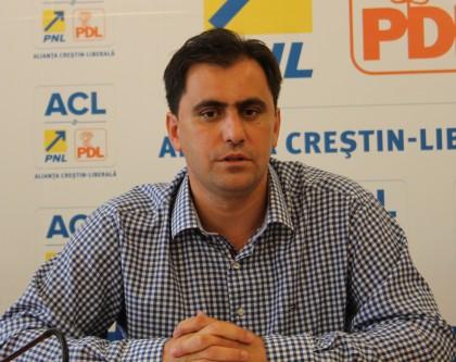 """Senatorul Ioan Cristina: """"Se creează în mod deliberat premisele pentru fraudarea alegerilor prezidenţiale"""""""