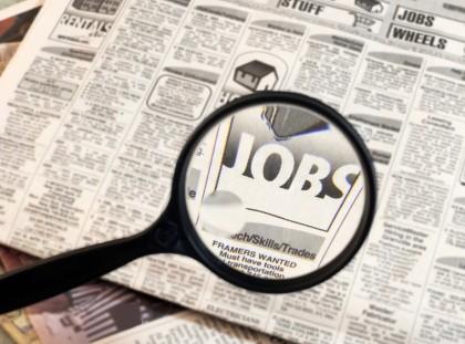 Străinii vor putea munci în România doar cu AVIZ  DE ANGAJARE