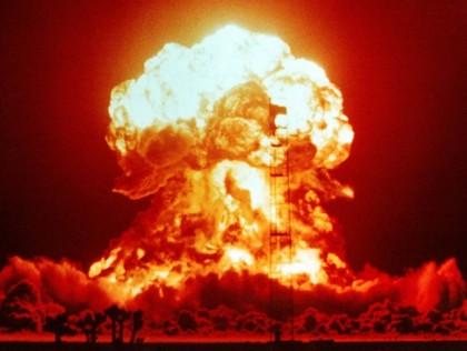 Lumea, în pragul unui RĂZBOI NUCLEAR! Statele Unite şi Rusia RUP TRATATUL de dezarmare nucleară. Trump şi Putin se ameninţă reciproc cu REACŢII MILITARE