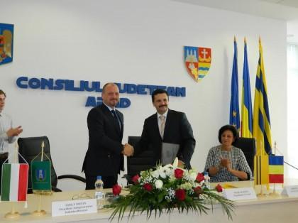 Colaborare între judeţele Arad şi Baranya pentru promovarea turismului viticol!