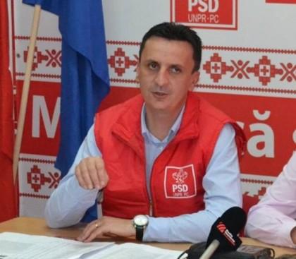 Florin Tripa: Gheorghe Falcă şi Nicolae Ioţcu trebuie să precizeze natura RELAŢIEI cu Elena Udrea