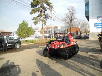 ISU Arad va lucra cu un vehicul amfibie (VEZI FOTO)