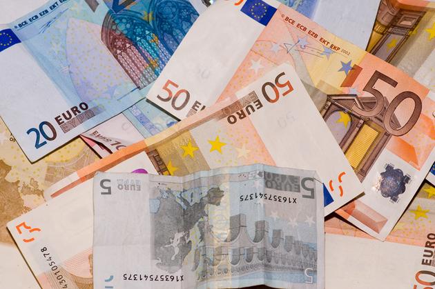 Vești BUNE pentru români! Cine poate câștiga sute de euro și care sunt condițiile