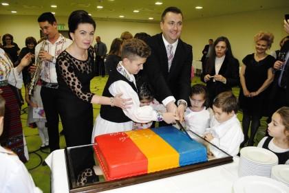 GALERIE FOTO/ Vezi cum au sărbătorit ROMÂNII în UNGARIA Ziua Naţională a României