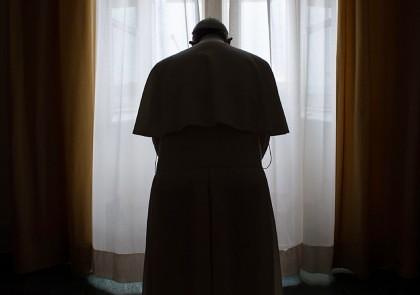 AVERTISMENT de la medici pentru Papa Francisc. OBICEIUL care îi pune în pericol sănătatea!