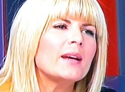 Elena Udrea continuă să POSTEZE pe Facebook. Ce le-a transmis JUDECĂTORILOR!