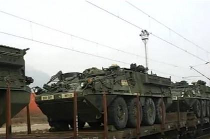 PREGĂTIRI/ Un convoi al armatei americane a intrat în România pe la Curtici. Navele NATO au acostat în Portul Constanţa