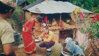 Un ROMÂN a VÂNDUT tot ce avea ca să plece VOLUNTAR în Nepal