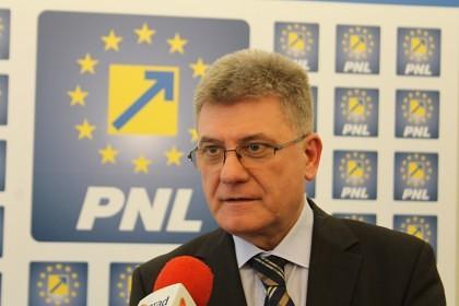Liberalii cer ca ministrul Constantin să aibă o dezbatere cu arădenii pe tema Canalului Mureșel