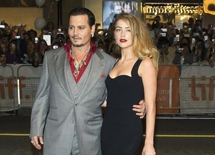 Se iubesc la fel ca-n prima zi! Johnny Depp cu tânăra lui soţie, romantici la Festivalul Internaţional de Film de la Toronto