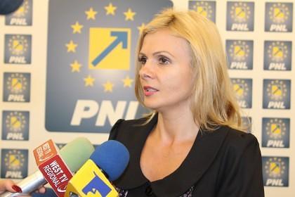 """Claudia Boghicevici: """"PNL susține o lege a salarizării unitare bazată pe profesionalism și echitate"""""""