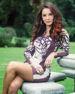 Adriana Campos 2