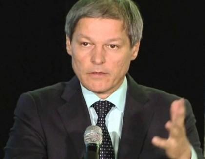 """Abia urcat în barcă alături de USR, Cioloş invită la bord şi PNL! Reacţie dură a liberalilor: """"La fel de arogant ca PSDragnea"""""""
