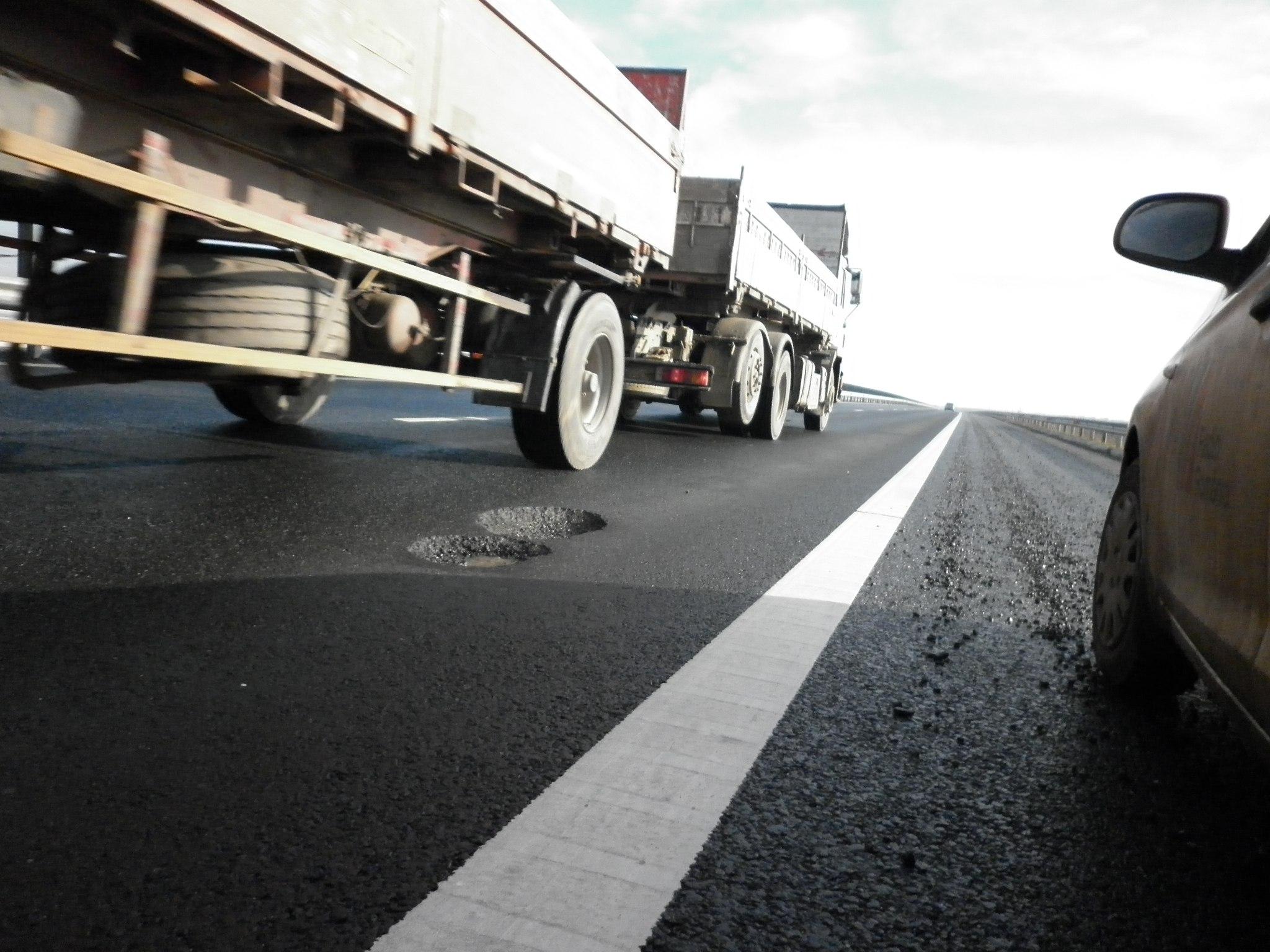 gropi pe autostrada arad nadlac