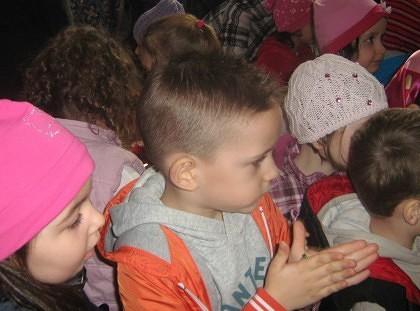 PRIMIM SPRE PUBLICARE/ Daruri pentru Serbarea de iarnă de la Centrul Maternal Arad