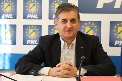 Deputatul Pistru se implică în scandalul de la şcoala din Dieci, unde primarul Liviu Burtă l-ar fi bruscat pe un elev