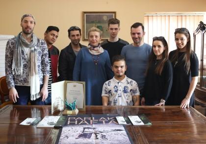 """Actorii Teatrului Clasic """"Ioan Slavici"""" Arad, aplaudaţi minute în şir în Turcia"""