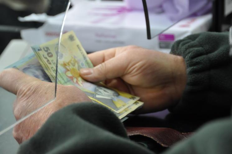 USR Arad solicită administrației locale o BONIFICAȚIE de 10% pentru plata ÎN AVANS a taxelor locale