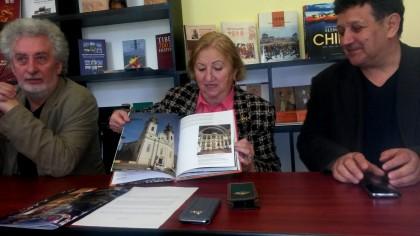 Orașul nostru, mai aproape de China prin Monografia Aradului editată și în limba chineză