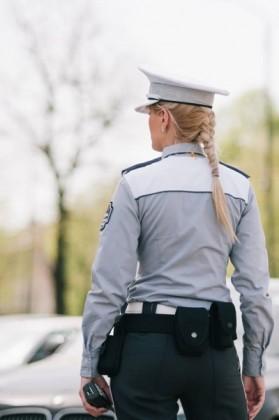 """Polițiștii locali din Arad,dotați cu """"body cam""""- uri. Ce înseamnă acest lucru pentru cetățeni"""