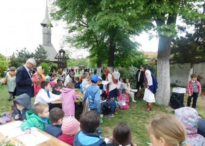 PRIMIM SPRE PUBLICARE/ Copiii, în centrul activităților pastoral-catehetice de la Arad