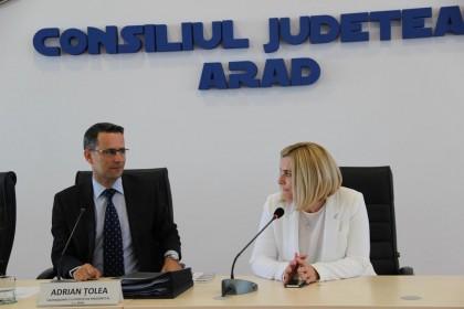 Simona Stan a fost aleasă VICEPREŞEDINTE la CJA (FOTO)