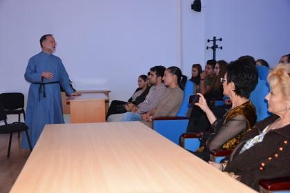 "Conferința ""Medicina, știința vieții"", la Arad"
