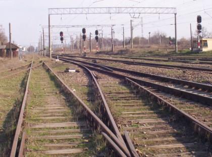 Traficul feroviar BLOCAT pentru aproape 12 ore între Arad și Deva