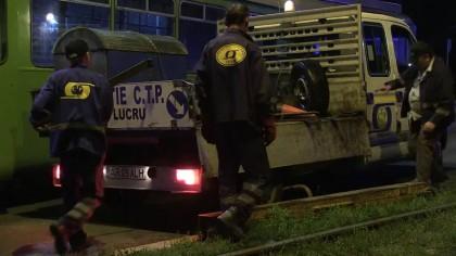 PERICOL la macaz! Un tramvai a deraiat azi-noapte în Micălaca (VIDEO)