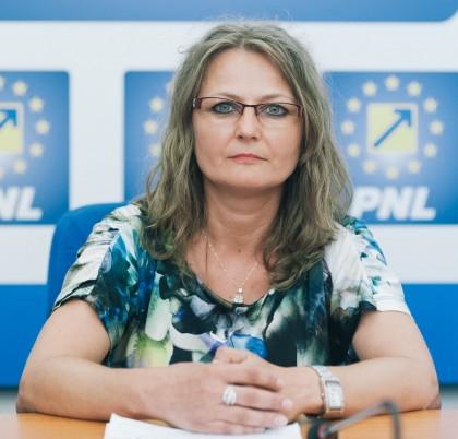 """Corina Crișan (PNL): """"Consilierii PSD SE OPUN investițiilor în sănătatea arădenilor"""""""