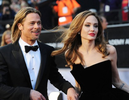 Angelina Jolie și Brad Pitt DIVORȚEAZĂ. Ce făcea actorul în preajma copiilor