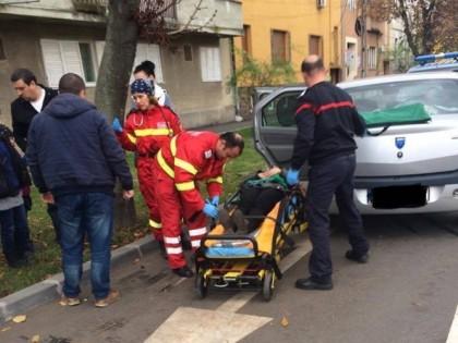 ACCIDENT în centrul Aradului: Volkswagen vs. Logan (GALERIE FOTO)