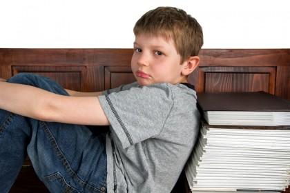 """S-a decis! Fără teme pentru acasă! Specialiștii cred că temele sunt """"cea mai mare piedică"""""""