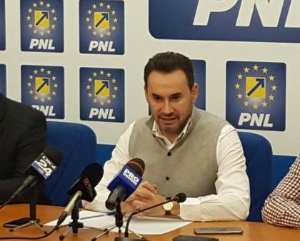 Un membru marcant al PNL îi cere lui Gheorghe Falcă să DEMISIONEZE