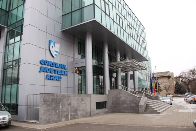 REACȚIA CJA Arad cu privire la ACUZELE că ar fi transmis informații FALSE Ministerului Fondurilor Europene